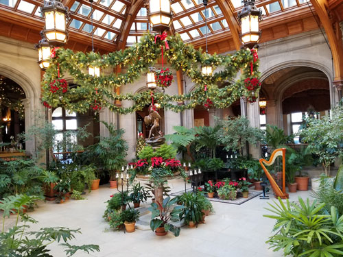 Biltmore Christmas.Holiday Biltmore Tour Shows Off Architecture